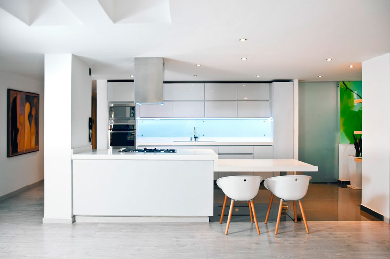 cocinas integrales pequeñas con desayunador Cocinas Modernas GUA 2019 Taller GAMA Arquitectura