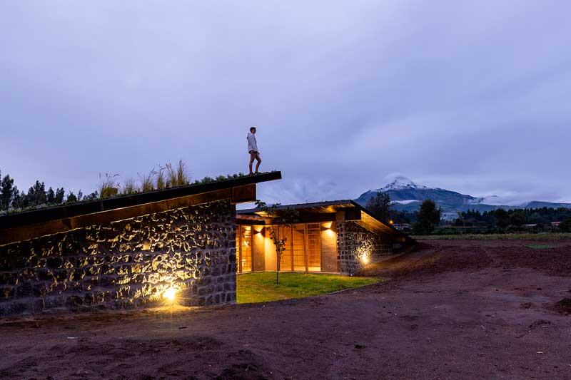 Diseños de casas mdoernas fachada de piedra